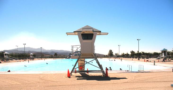 Hansen Dam, California: 5 Surveyor Junior Towers on guard over Aquatic Center Mega-Pool